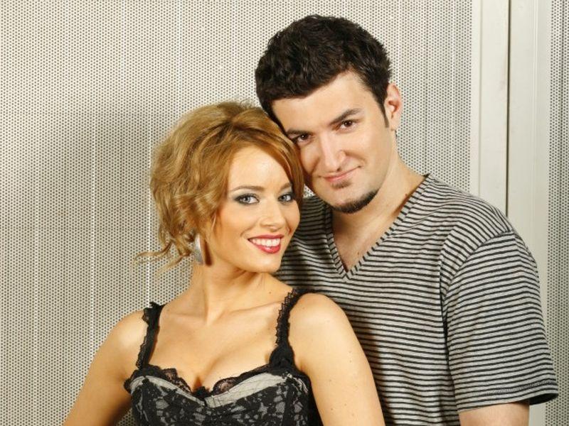 Laura Cosoi și Smiley