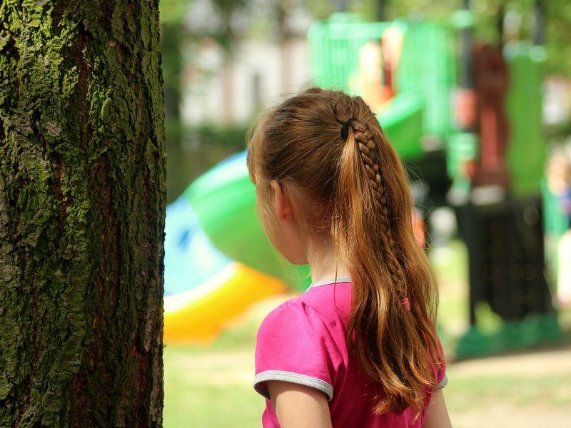 O fetiță de nouă ani a uimit autoritățile, după ce a găsit un portofel