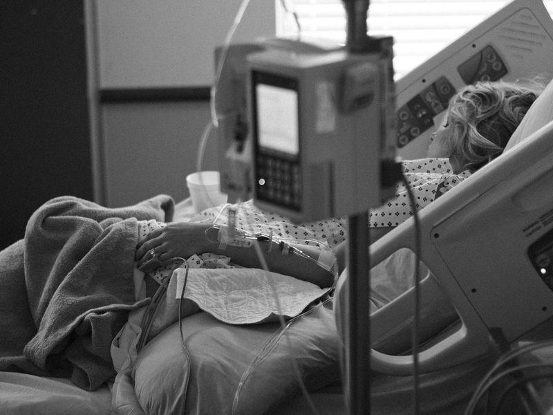 Strigăt de ajutor al unei paciente, aflată în stare gravă la ATI