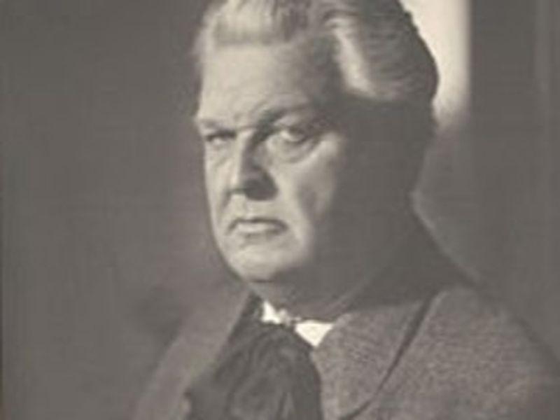 Mihail sadoveanu, prozatorul romancier al României