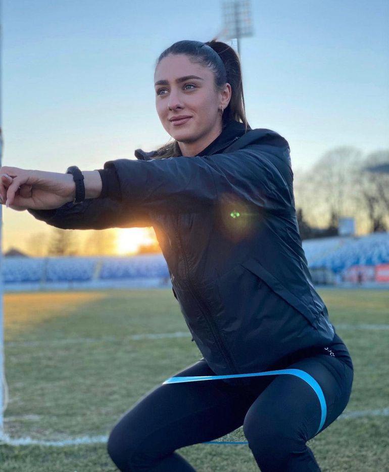 """Cine este Andreea Lodbă de la Survivor România 2021. Actrița din serialul """"Moldovenii"""" face parte din echipa Faimoșilor"""