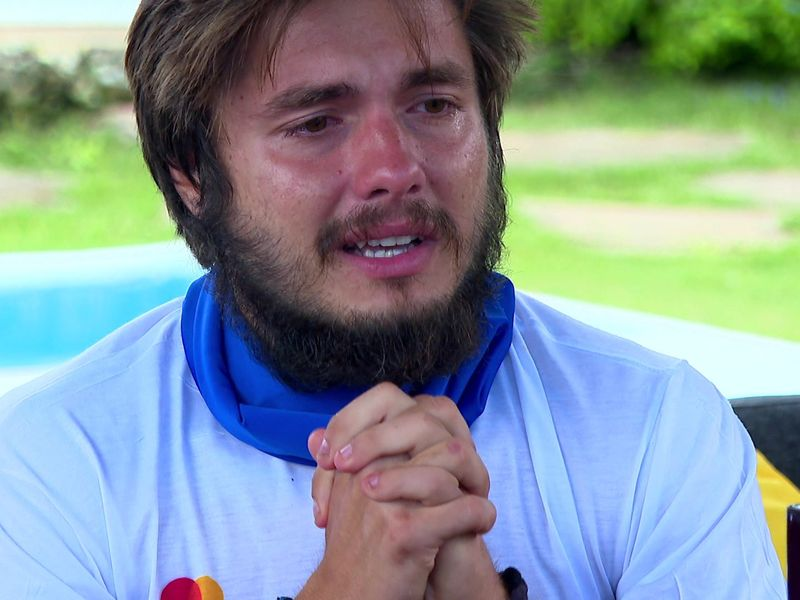 Albert Oprea primește mesaje de la familie la Survivor România