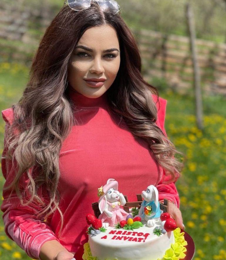 Carmen de la Sălciua, apariția care i-a lăsat pe toți mască! Cu cine a petrecut artista Paștele