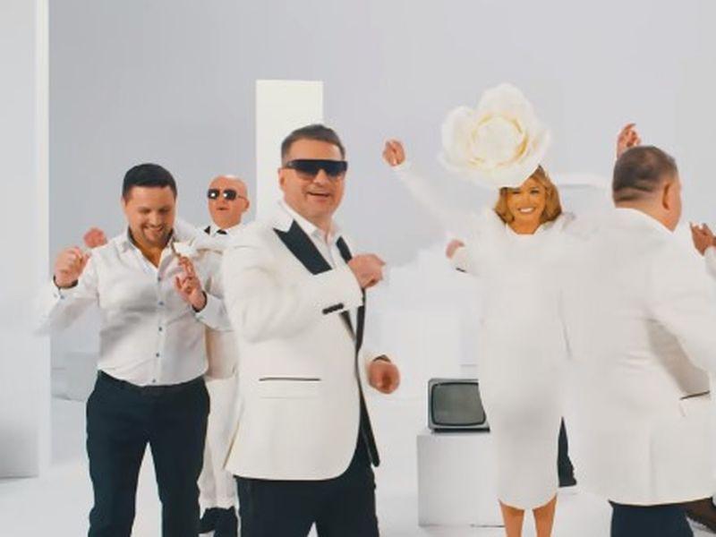 """Captură foto din videoclipul melodiei """"Fericire"""""""