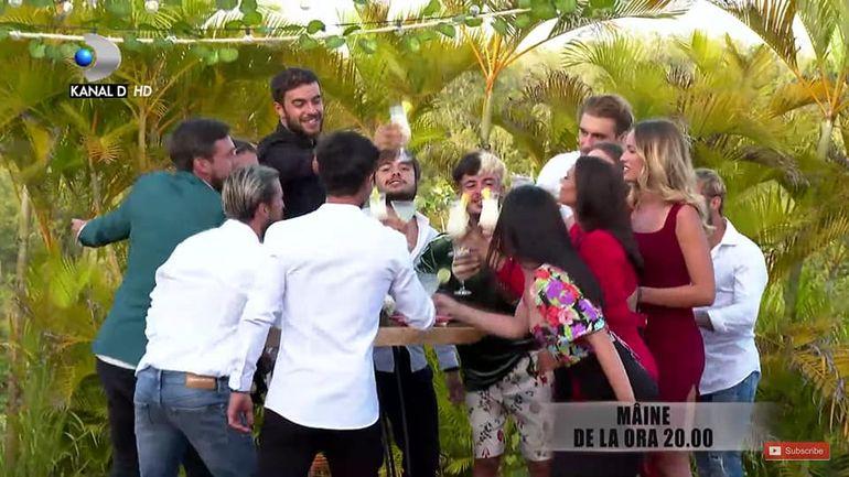 Survivor România 27 mai 2021. Petrecere spectaculoasă de unificare în Dominicană. Cum s-au distrat Faimoșii și Războinicii: Zanni, concert spontan pe insulă