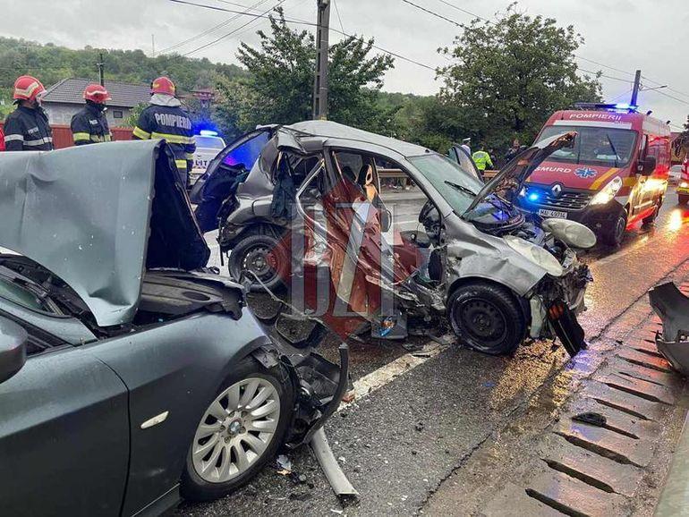 O actriță a fost implicată într-un accident grav de circulație în Iași. Artista se afla cu prietena ei în mașină: