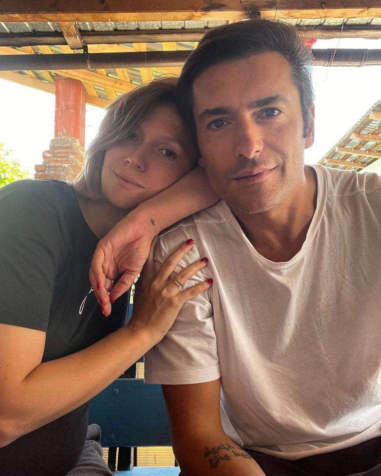 Radu Vâlcan, fotografie emoționantă cu burtica de graviduță a Adelei Popescu! Ce moment inedit a surprins