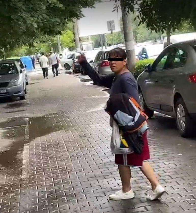 """Mirela Vaida, din nou în primejdie! Lămâia Stănescu, amenințări grave în mijlocul străzii: """"A doua oară îi sparg eu..."""""""