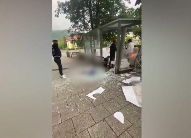 Noi imagini de la accidentul din Baia Mare! Denisa și soțul ei au fost spulberați de o mașină în stația de autobuz