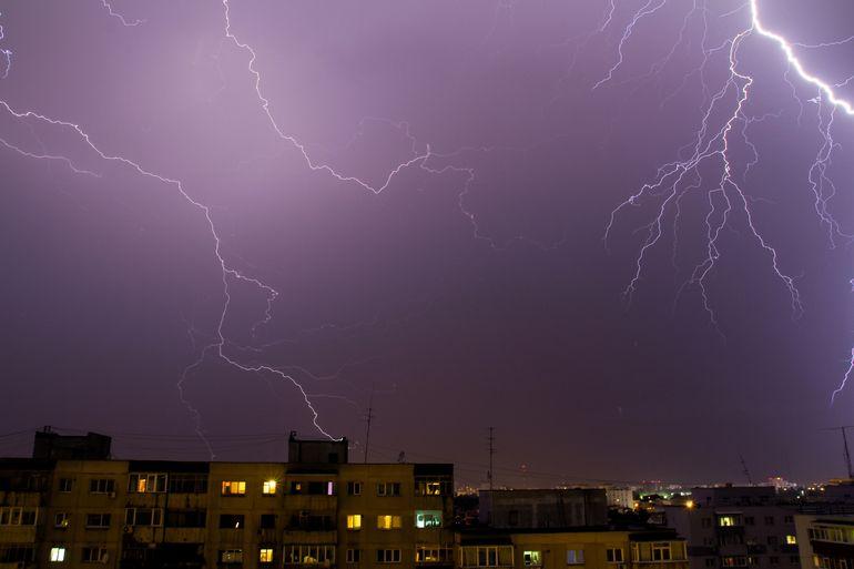 Prognoza METEO, azi, 3 august 2021. Disconfort termic ridicat în sudul României