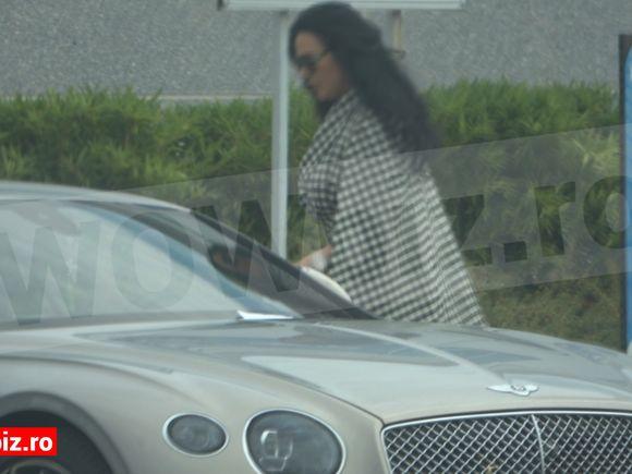 EXCLUSIV! Cu câtă eleganță își plimbă Ioana Năstase AMENDA pe străzile din Capitală! Cum a încălcat legea soția lui Ilie Năstase