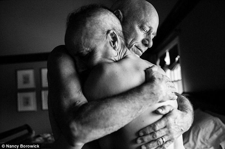 Povestea asta iti va smulge o lacrima! Amandoi aveau cancer, iar fiica lor a facut asta! Aventura lor va inspira o lume intreaga!