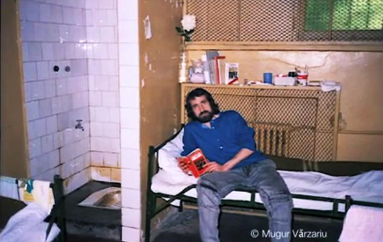 FOTO! Uite in ce conditii si-au petrecut copiii lui Ceausescu Sarbatorile din 1989!
