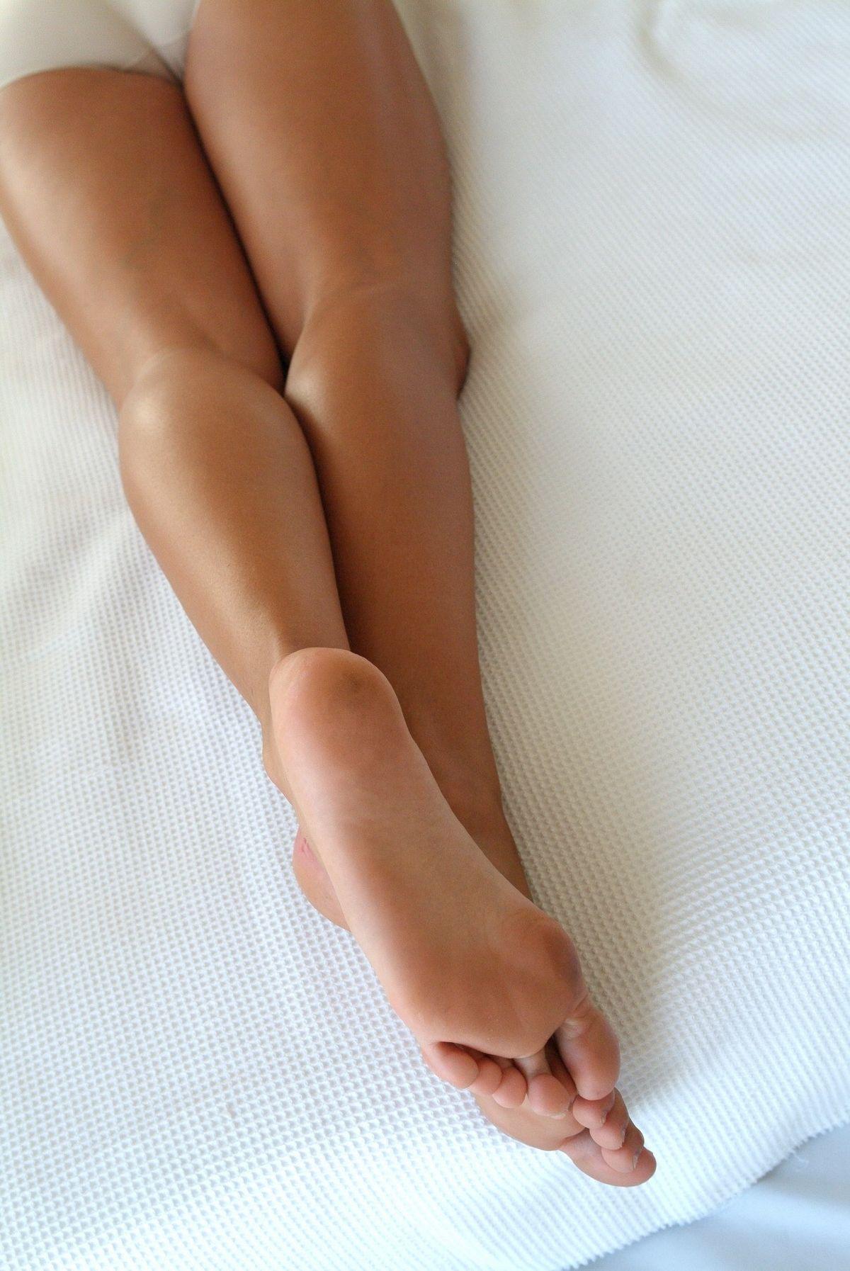 Intalnirea piciorului femeii