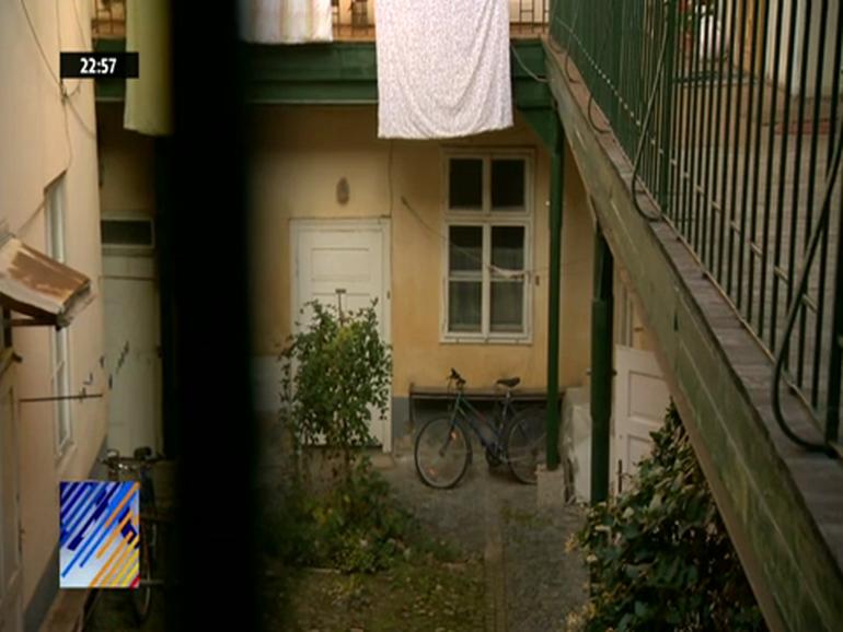 Cat de sarac a fost Iohannis! A stat cu parintii, bunicii si sora intr-o garsoniera! Cum arata casa in care a copilarit prezidentiabilul
