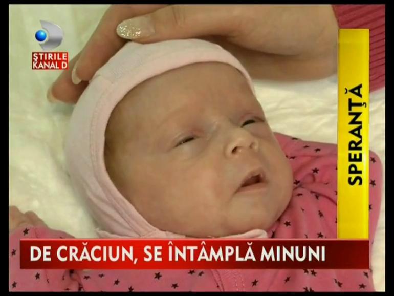 VIDEO Minune inainte de Craciun! O fetita venita pe lume la numai 28 de saptamani a luptat pentru viata ei! Mamica ei a putut sa o ia abia acum acasa