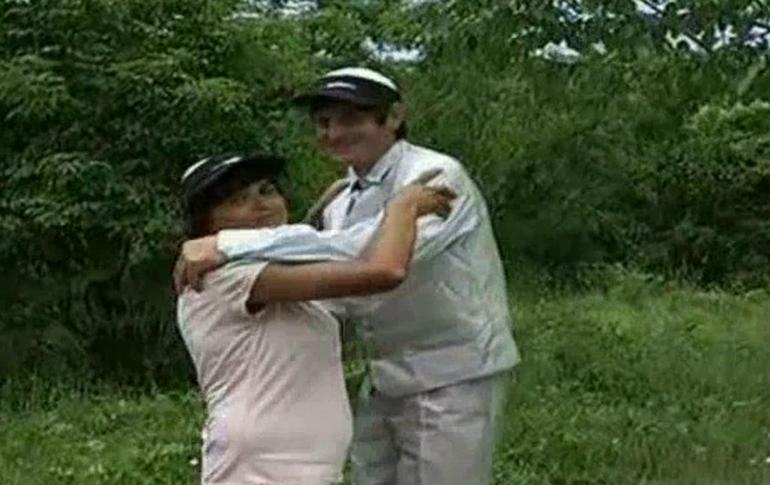 VIDEO Arthur din Ceptura si-a gasit jumatatea si anunta ca face nunta mare! Uite cum arata aleasa inimii lui!