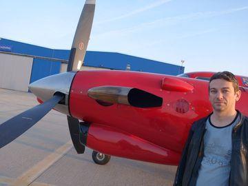 Radu Zamfir, sedinta foto intr-un avion de tipul celui cu care s-a prabusit in Apuseni! Medicul continua sa zboare cu acest tip de aeronava