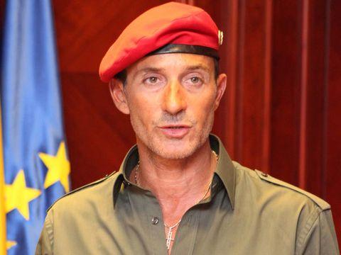 Imaginile verii cu Radu Mazare! Fostul primar a scapat de inchisoare si a revenit la  obiceiurile vechi! A petrecut pana in zori cu dansatoarele, pe ritmuri orientale