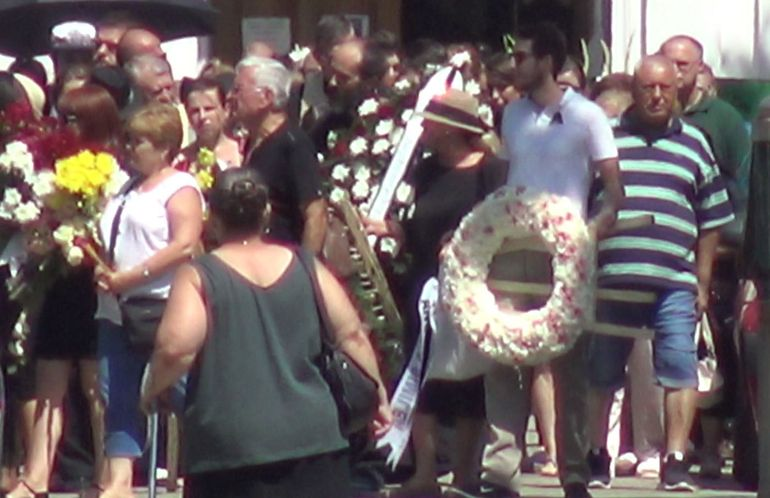 Cum arata mormantul fiicei lui Marius Teicu! Ce coroana a trimis Angela Similea la inmormantarea Patriciei VIDEO EXCLUSIV
