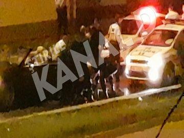 Imagini fabuloase de la un scandal cum nu ati mai vazut in Bucuresti, imediat, la Stirile Kanal D de la ora 19! O urmarire pe strazile Capitalei, cu 13 masini de politie, s-a incheiat cu o bataie generala, azi-noapte.