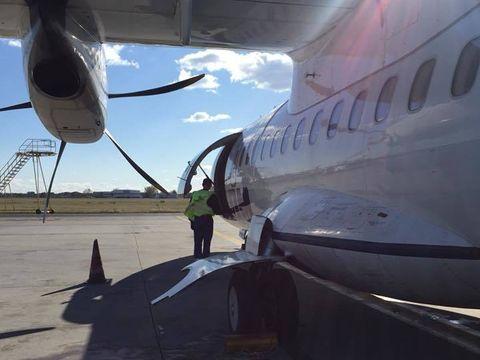 Panica in aer! Un avion plin cu romani, plecat din Bacau, a aterizat de urgenta la Palermo!
