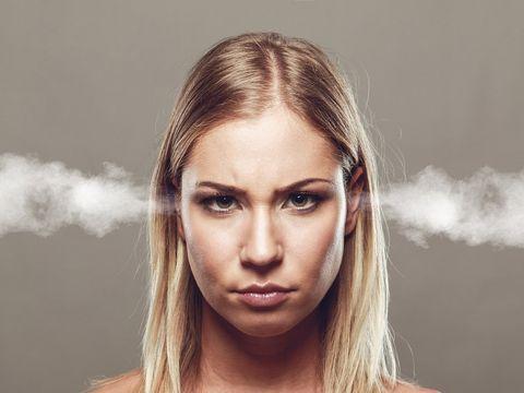 HOROSCOP. Sensibilă sau mereu nervoasă? Acesta este temperamentul fiecărei zodii - Fecioarele sunt indecise şi lente! Te regăseşti?