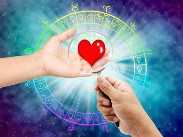 Horoscop dragoste saptamana 18-24 iunie 2018. Trei evenimente astrale MAJORE. Cum te influenteaza in AMOR