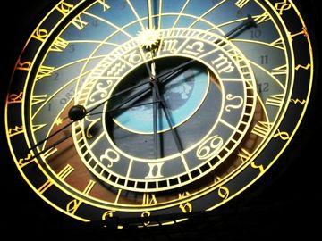 HOROSCOP CASSANDRA 23-29 IULIE 2018: Se schimba obiectivele, multe zodii trec la actiune. Uranus afecteaza statutul social