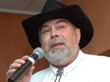 DOLIU in Romania! A murit Ilie Micolov
