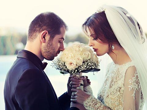S-a dus la nunta in calitate de domnisoara de onoare si a aflat ca ea era mireasa!