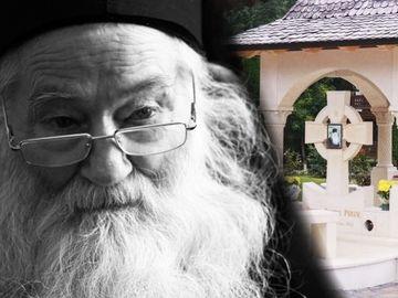 Asa arata mormantul parintelui Iustin Parvu! Marele duhovnic isi doarme somnul de veci la manastirea pe care el a ctitorit-o
