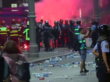 """DEZVALUIRI SOC! """"In Piata Victoriei nu s-au folosit doar gaze lacrimogene""""! Un jandarm sustine ca la protest au fost imprastiate substante toxice"""