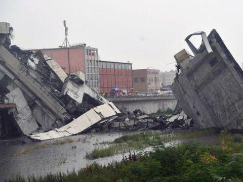 Un roman a murit in prabusirea podului din Italia! Anuntul MAE