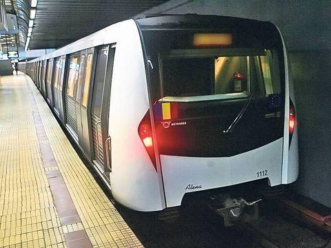Metrou evacuat pe linia Pipera-Berceni! Un calator a imprastiat gaze cu un spray!