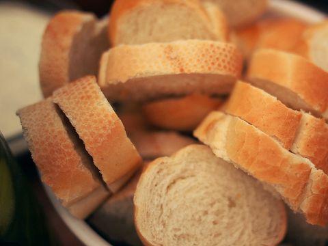 Ai incetat sa mai mananci paine? Iata ce se intampla in organismul tau
