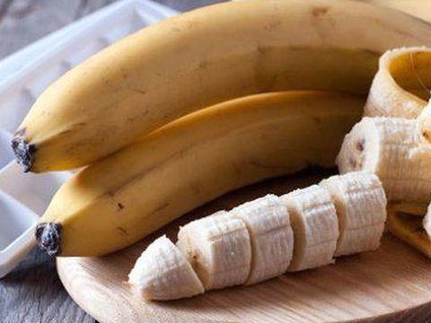 DIETĂ. Cea mai uşoară dietă cu banane. Slăbeşti 5 kilograme într-o săptămână