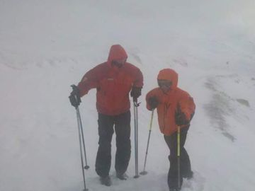 Turisti surprinsi de vreme rea in Muntii Fagaras, fara echipament adecvat
