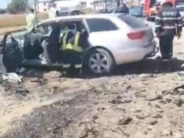 Accident teribil in Dambovita! Au intervenit mai multe ambulante si un elicopter SMURD