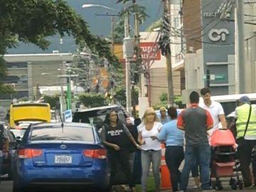 Ce se întâmplă acum cu Elena Udrea şi Alina Bica în Costa Rica! Cele două sunt arestate de o săptămână