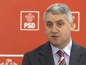 """Adrian Ţuţuianu declanşează un scandal uriaş in PSD: """"Iohannis îl bate şi pe Tăriceanu, o bate şi pe Firea, îl bate şi pe Dragnea de-l zvântură"""""""