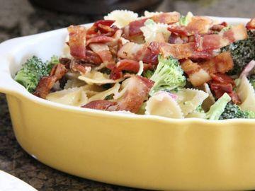 Salata satioasa de toamna! Se prepara rapid si este delicioasa!
