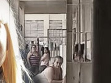Ce munci poate să facă Elena Udrea în închisoarea din Costa Rica! Deţinutele produc pungi, genţi sau cârlige, iar câştigul maxim este de 90 de euro pe lună! EXCLUSIV