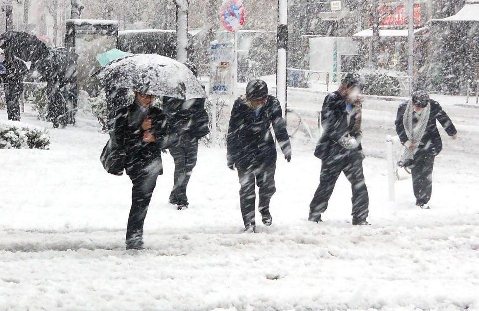 România, lovită de un val de aer polar! Cât de mult scad temperaturile