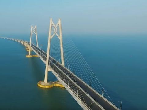 Se deschide cel mai lung pod maritim din lume! S-au aşteptat 9 ani până la inaugurarea lui