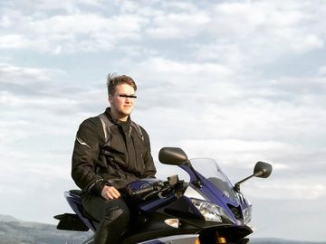 El este tânărul care a murit în cumplitul accident de motor în Târgu Mureş! Motocicliştii organizează un marş în memoria băiatului