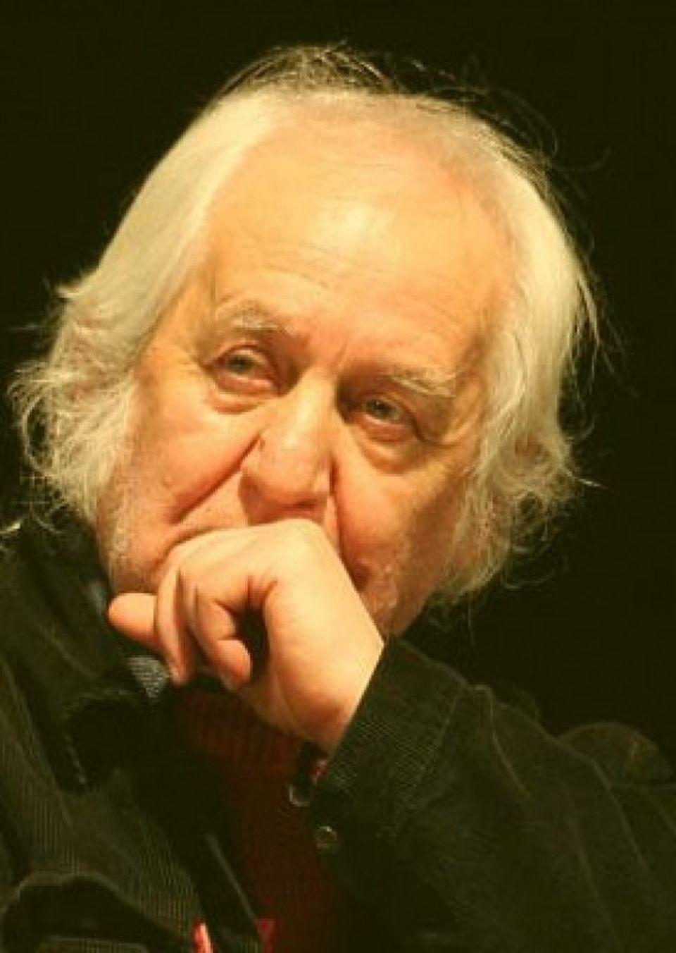 Doliu în România! A murit un cunoscut poet contemporan