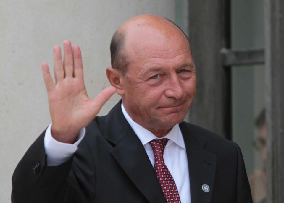 Fiica lui Traian Băsescu a câştigat definitiv un proces cu o miză imobiliară importantă! Vezi cum a fost salvată moşia de la Nana a Ioanei Băsescu!