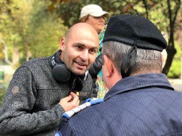 Reacţia halucinantă a unui protestatar #rezist după moartea jandarmeriţei la Suceava! Internauţii au fost revoltaţi