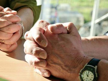 """Rugăciunea """"Tatăl Nostru"""" se modifică! Ce fragment din text va fi schimbat"""